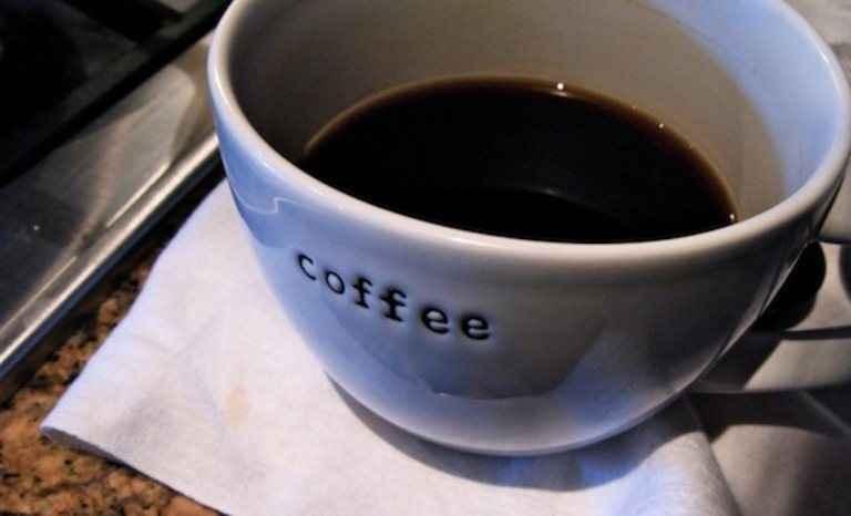 Απολέπιση με το κατακάθι του καφέ
