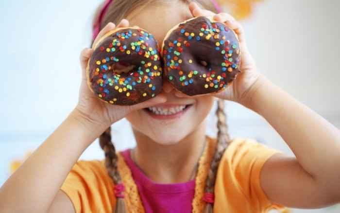 Γιατί τα παχύσαρκα παιδιά αγαπούν τη ζάχαρη
