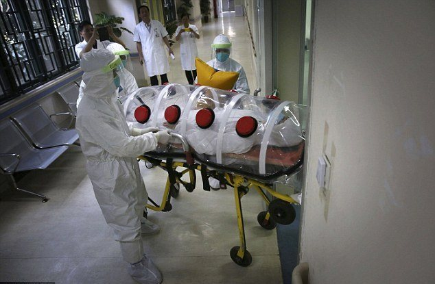 Επιβεβαιωμένο κρούσμα του Έμπολα εντοπίστηκε στη Γλασκόβη