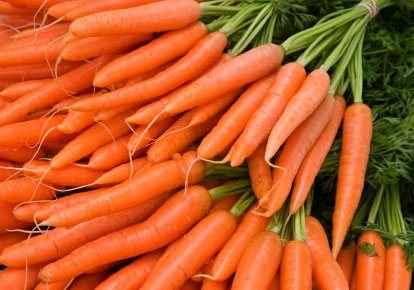 Λάμψη με μάσκα από καρότα