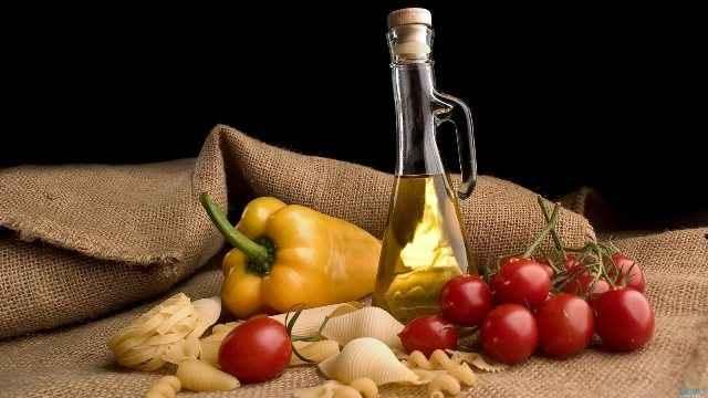 Μας σώζει η μεσογειακή διατροφή