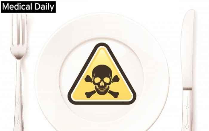 Οι κρυφοί κίνδυνοι από τρεις τροφές αν δεν μαγειρευτούν σωστά