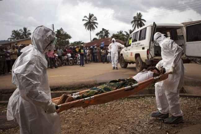 Τους 8.000 πλησιάζουν οι νεκροί από τον Έμπολα