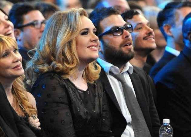 Φήμες ότι χώρισε η Adele
