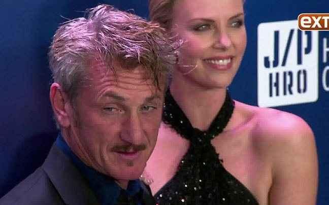 «Σφίγγα» ο Sean Penn για το γάμο του με την Theron