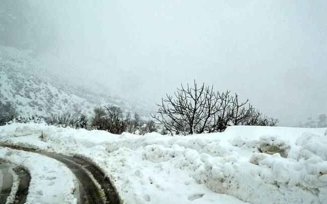 Έρχεται νέο κύμα κακοκαιρίας με χιόνια και τσουχτερό κρύο