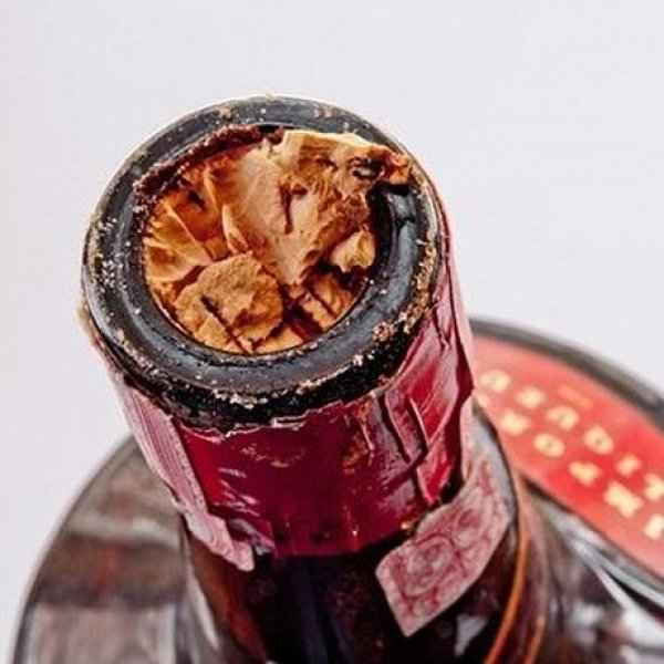 Έσπασε ο φελλός μέσα στο μπουκάλι του κρασιού; Έχουμε την λύση!