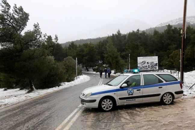 Έφτασε το χιόνι και στην Αθήνα