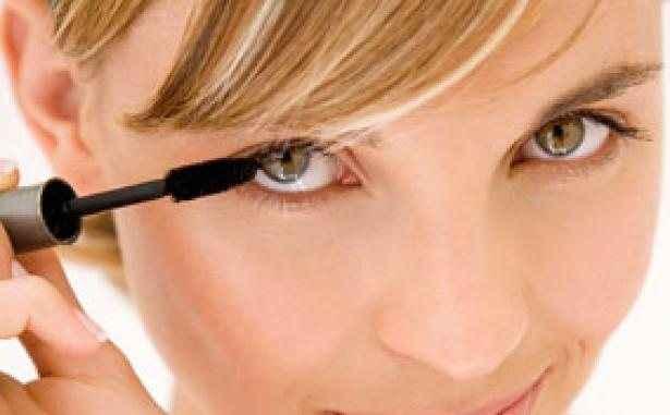 Εντυπωσιακά πράγματα που δεν γνωρίζατε για τη μάσκαρα