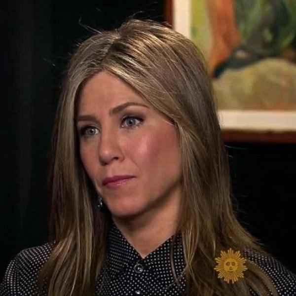 Η Αniston στην αντεπίθεση Μιλά για το διαζύγιο με το Brad και αιφνιδιάζει τους πάντες