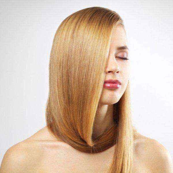 Θες να μοσχοβολούν τα μαλλιά σου όλη μέρα; Σου έχουμε τη λύση!