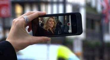 Οι selfies κρύβουν αντικοινωνική συμπεριφορά