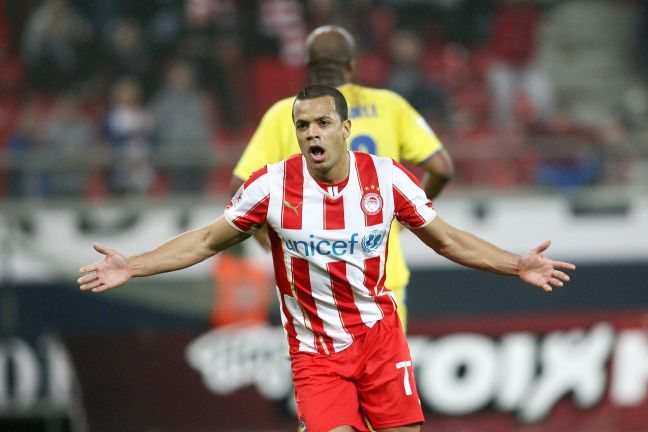 Ο Ολυμπιακός νίκησε με 2-0 τον Παναιτωλικό