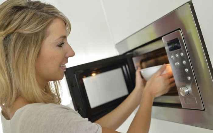 Φούρνος μικροκυμάτων Πόσο επικίνδυνος είναι για την υγεία;