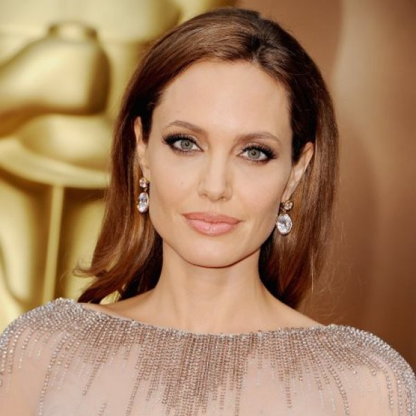 Oυπς Η δήλωση που θα σοκάρει την Angelina Jolie και θα χαροποιήσει την Jennifer Aniston!