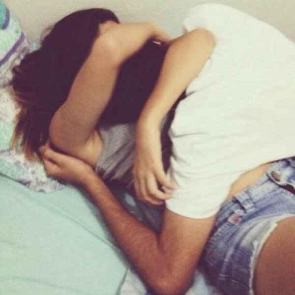 Είσαι σίγουρη; 6 πράγματα που κάνεις στο κρεβάτι και του ρίχνεις τη διάθεση