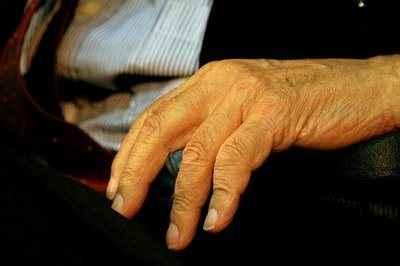 Εξέταση δέρματος καμπανάκι για Αλτσχάιμερ και Πάρκινσον
