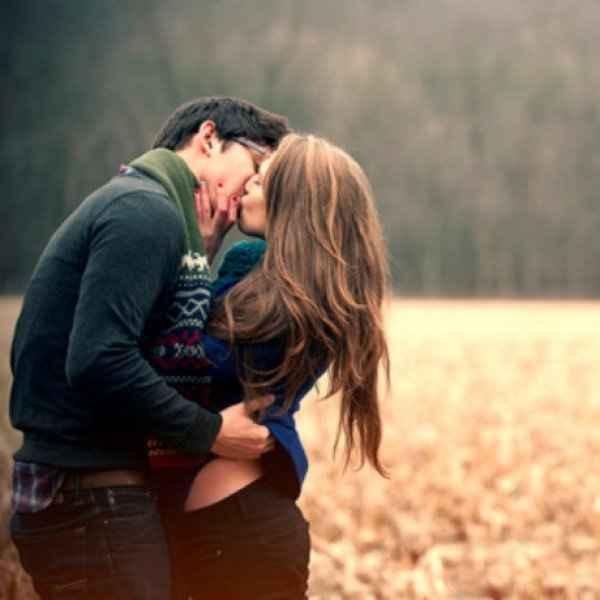 Κάνε τον να σε ερωτευτεί! Οι 7 πιο ρομαντικές στάσεις που θα διαβάσεις ποτέ