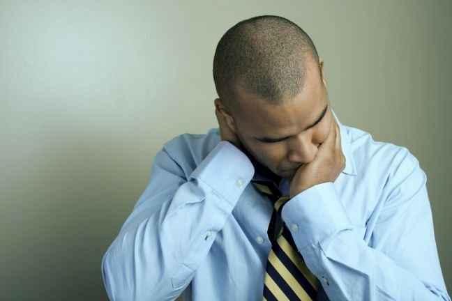 Και οι άντρες υποφέρουν από επιλόχεια κατάθλιψη