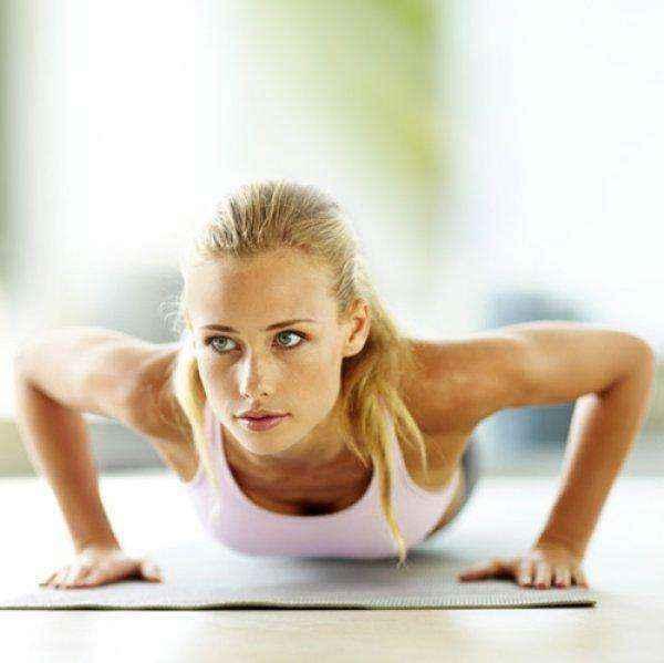 Μία μόνο άσκηση αρκεί για να αποκτήσετε το στήθος των ονείρων σας!