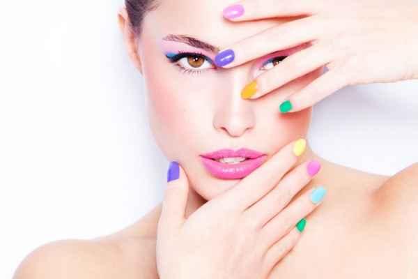 Πες μου το χρώμα των νυχιών σου να σου πω τι χαρακτήρας είσαι!