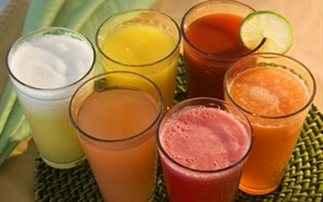 Ποιος χυμός θα σας βοηθήσει να ρίξετε την πίεσή σας