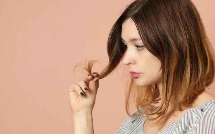 Πώς να επιλέξετε τα κατάλληλα προϊόντα για τα ξηρά μαλλιά