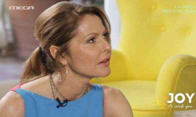 Τζένη Μπαλατσινού Το ντεμπούτο της ως παρουσιάστρια στην εκπομπή «Joy»