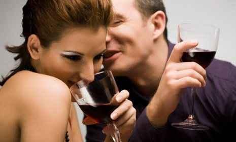 Τι προσέχουν οι άντρες στις γυναίκες