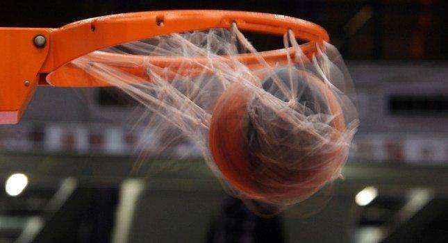 Τραγικός θάνατος 17χρονου σε αγώνα μπάσκετ