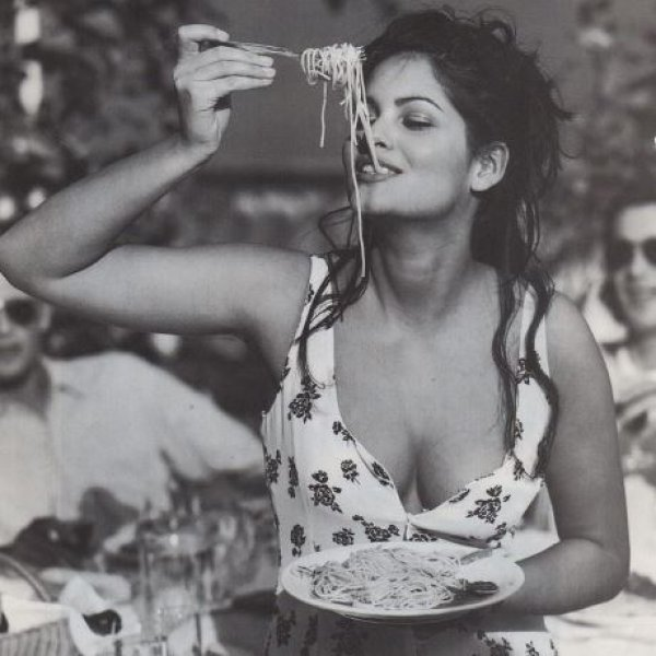 Τρώγοντας ανοίγει η όρεξη; Κι όμως οι τροφές αυτές σου δημιουργούν… πείνα!