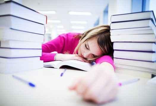 Χάνουν τον ύπνο τους οι έφηβοι
