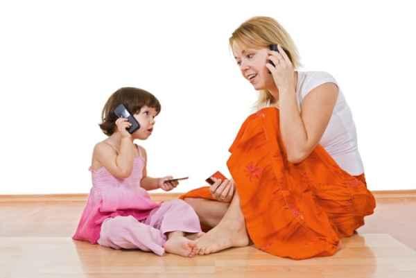 10 πράγματα που κάνουν οι γονείς και αντιγράφουν τα παιδιά