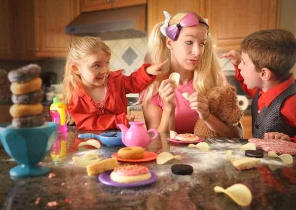 8 σημάδια που φανερώνουν ότι περνάτε υπερβολικά πολύ ώρα με τα παιδιά