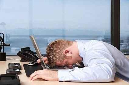 Ένας υπνάκος 45 λεπτών αυξάνει την απόδοση του νου
