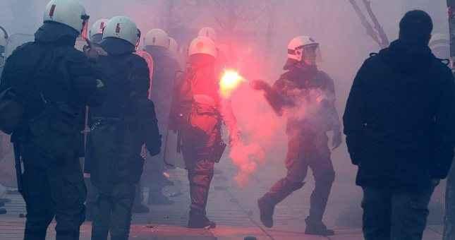 Ένταση μεταξύ οπαδών της ΑΕΚ και του Ολυμπιακού