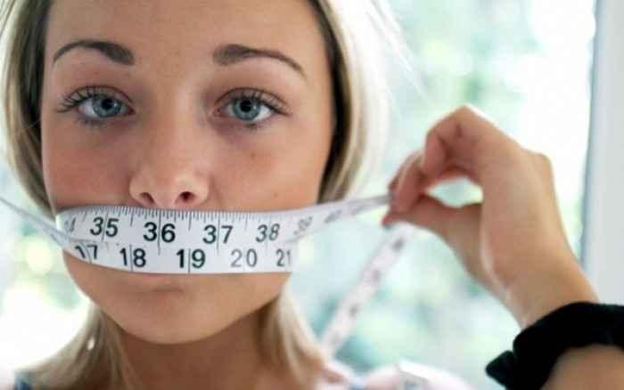 Γιατί δεν πρέπει οι νεαρές γυναίκες να κάνουν αυστηρές δίαιτες