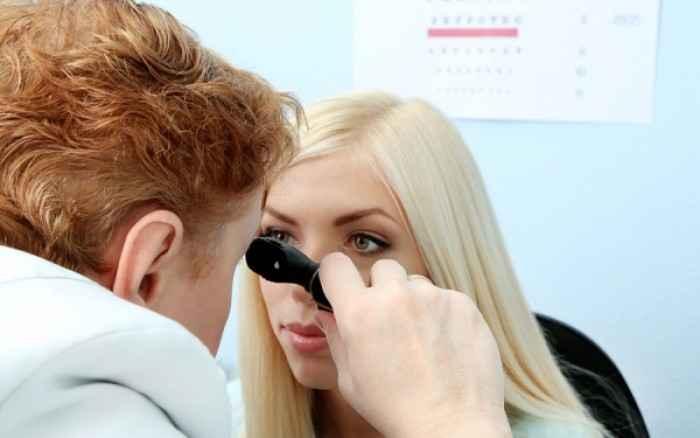 Ελιά στο μάτι ή το βλέφαρο: Πότε πρέπει να αφαιρείται