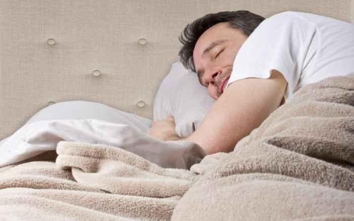 Η απώλεια μόλις 30' ύπνου συνδέεται με την παχυσαρκία και τον διαβήτη