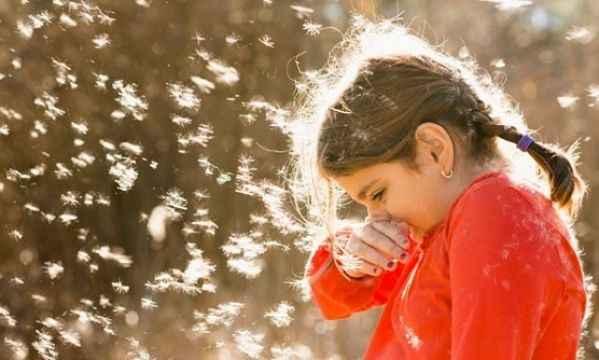 Η εποχή των αλλεργιών: Όλα όσα πρέπει να γνωρίζετε για το παιδί