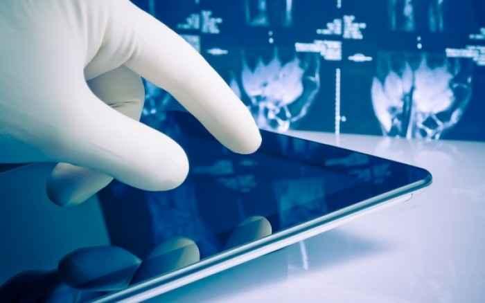 Κατασκεύασαν tablet που αντέχει στην απολύμανση