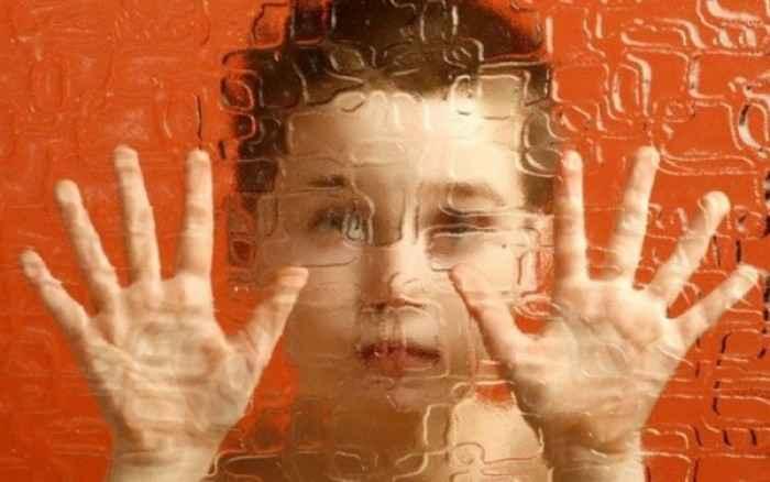 Οι γαστρεντερικές επιπλοκές πρώιμη ένδειξη αυτισμού