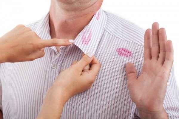 Οι εφτά λόγοι που ένας άντρας απατά μια γυναίκα