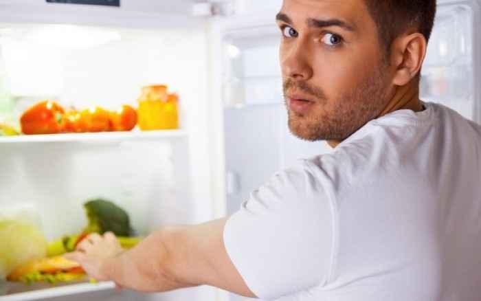 Οι 10 τροφές που πρέπει να αποφύγετε αν θέλετε να κάνετε σεξ απόψε!