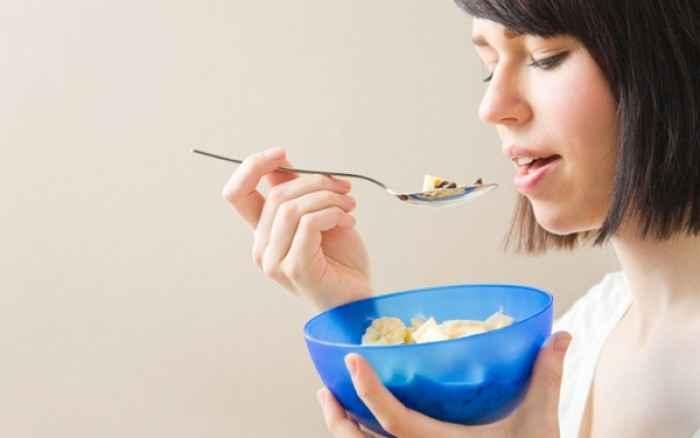 Ουρική αρθρίτιδα: Τι πρέπει να τρώτε και τι όχι