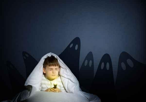 Παιδικοί φόβοι: Βοηθήστε τα παιδιά να τους ξεπεράσουν