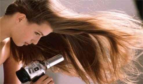 Τεχνικές που καταστρέφουν τα μαλλιά