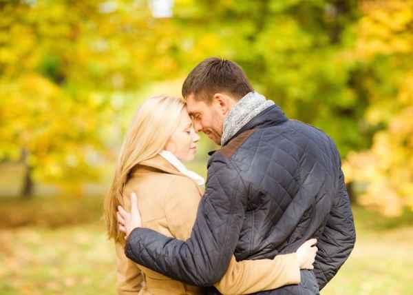 5 πράγματα που σας κάνουν να υποκύψετε στον έρωτα