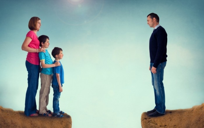 Τα παιδιά χωρισμένων γονιών έχουν περισσότερα ψυχοσωματικά προβλήματα