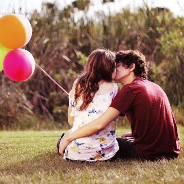 Τι να κάνεις αν η σχέση σου έχει αρχίσει να κάνει «κοιλιά»